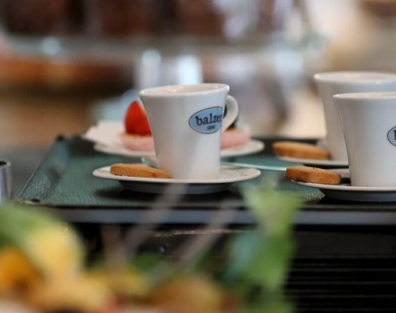 immagine caffè bar pasticceria